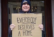 Steve Logan supports 14 Hours Homeless
