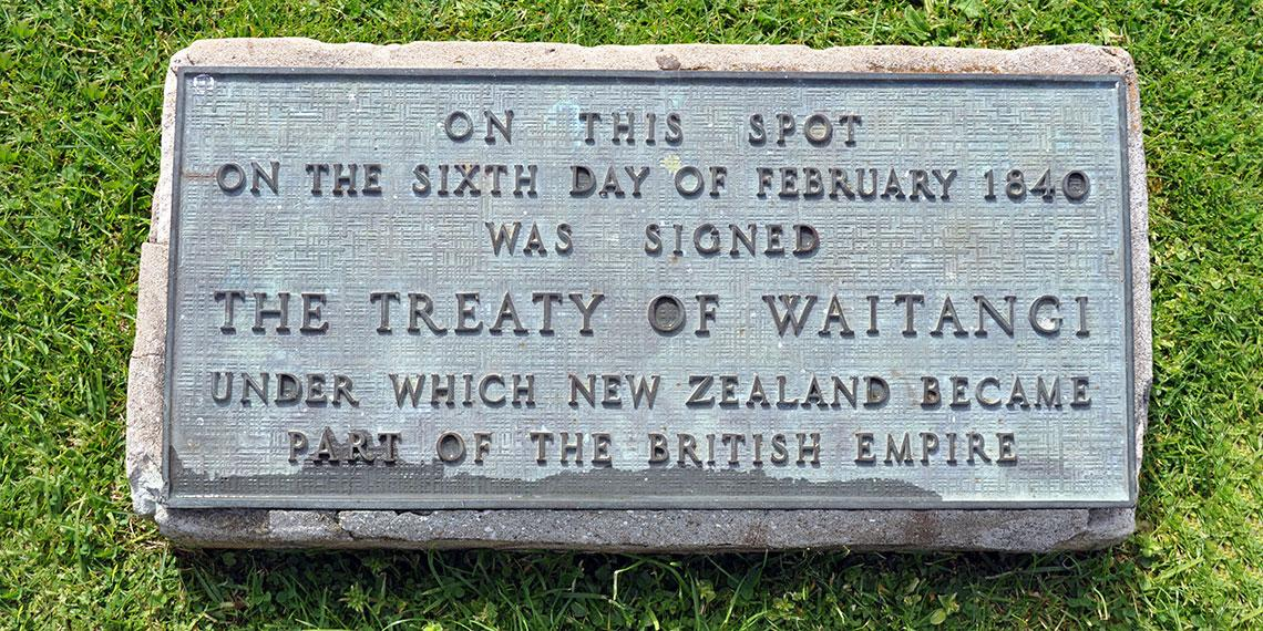 Plaque at the site of the signing of the Treaty of Waitangi