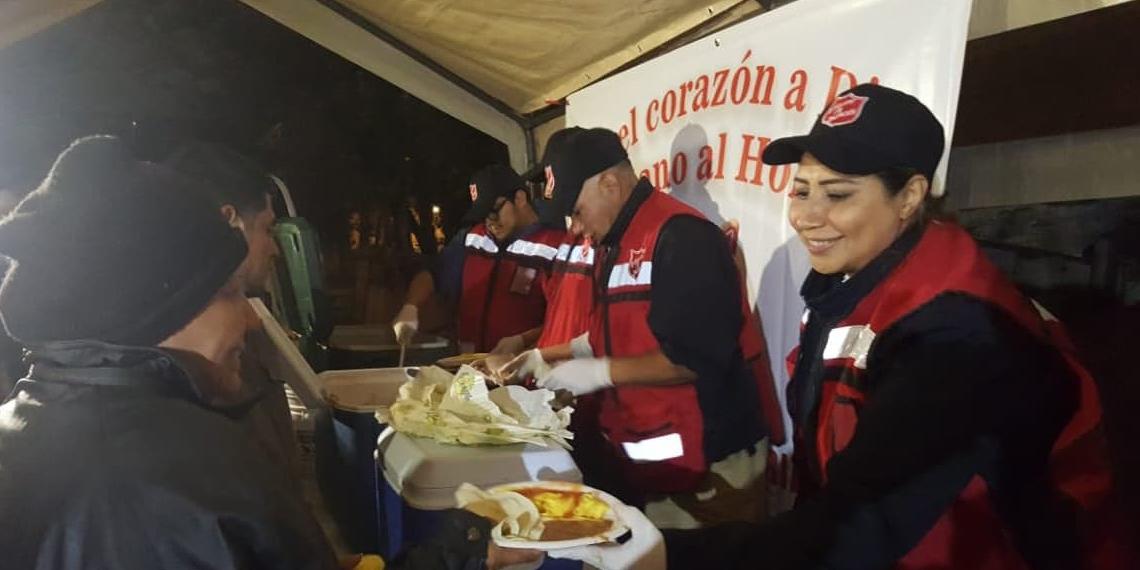 TS helping migrant caravan